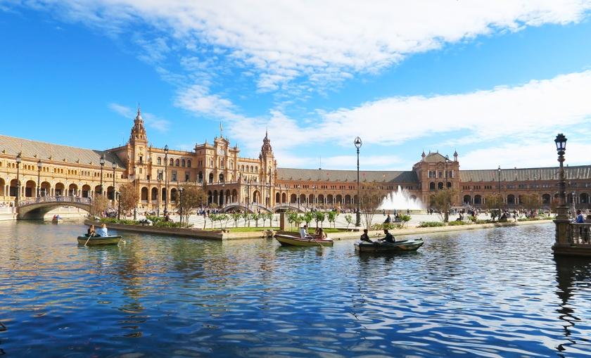luxury-weekend-in-seville-spain-plaza-espana-3