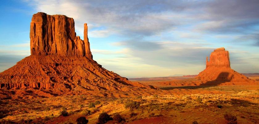 Monument Valley  c Mike Koopsen